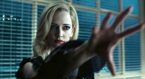 eva-green-as-angelique-bouchard-in-dark-shadows2